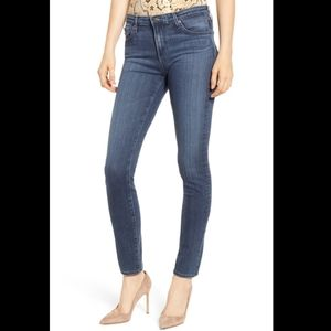AG • The Prima Mid-Rise Cigarette Jean